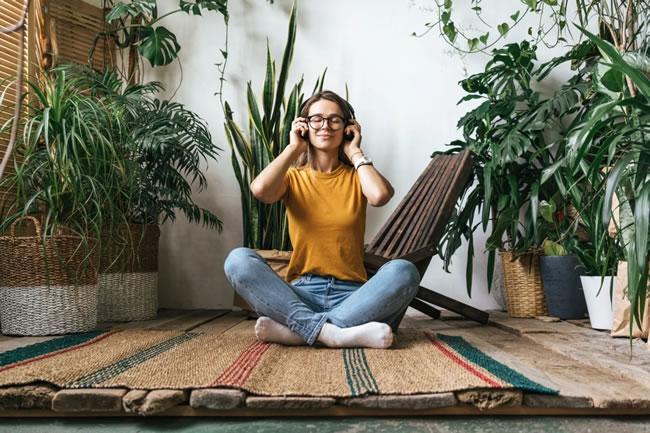 Conheça 4 métodos de micro-relaxamento para usar no trabalho