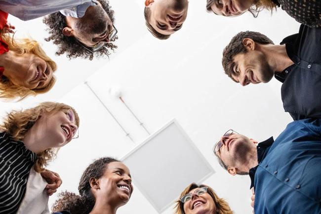 Como pertencer realmente a uma equipe e não apenas fazer parte de um grupo de pessoas